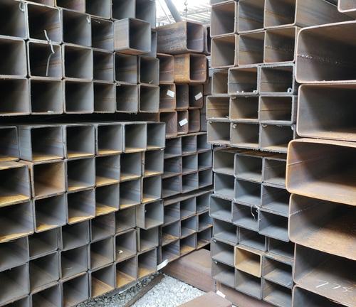 镀锌方管钢材